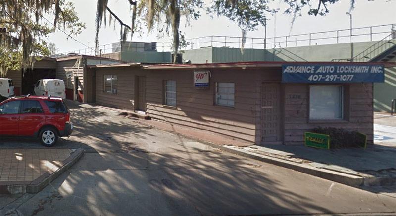 Advance Auto Locksmith storefront